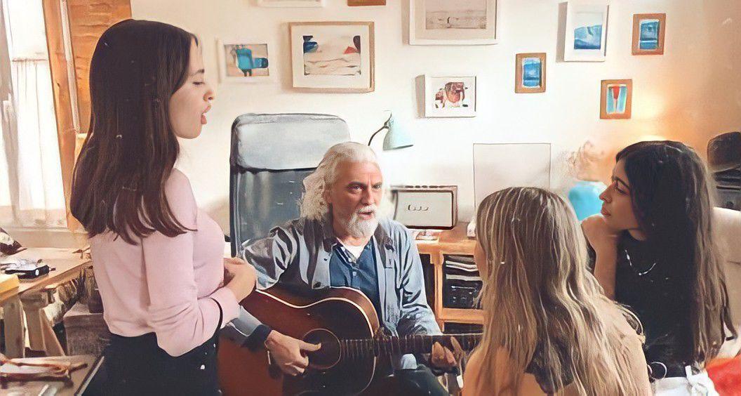 Lydia Carré junto con otras chicas en una sesión de composición