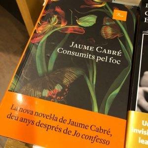 Libro Consumits pel foc de Jaume Cabré